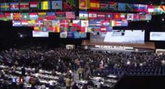 Football : dans la tourmente, Blatter est réélu président de la FIFA