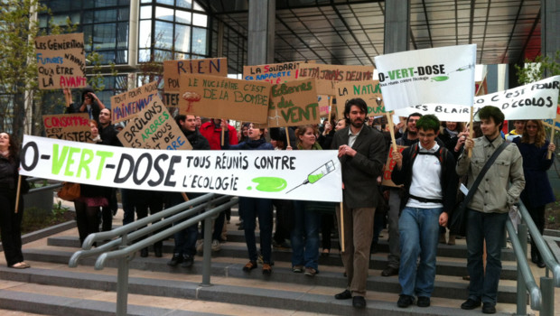 Manifestation O-Vert-Dose à la Défense le 05/04/2012