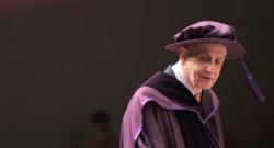 John Nash, mathématicien et prix Nobel d'économie en 1994, est mort avec sa femme Alicia le 23 mai 2015 dans un accident de la route. Images d'archives.