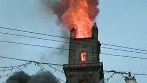 Eglise Transylvanie Feu Incendie