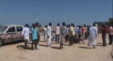 Le 20 heures du 15 septembre 2014 : Naufrage en M�terran�: 500 migrants port�disparus - 390.90400000000005