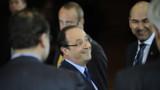 Sommet : Merkel justifie le compromis, Hollande se félicite