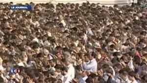 Iran : Ali Khamenei appelle le monde islamique à armer les Palestiniens