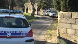 Le corps de la joggeuse de 34 ans a été découvert jeudi, à demi dénudé, dans le secteur de Courbessac, un paisible quartier résidentiel de Nîmes