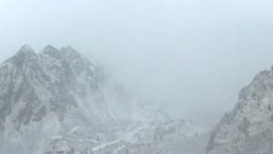 montagne tempête avalanche neige alpes