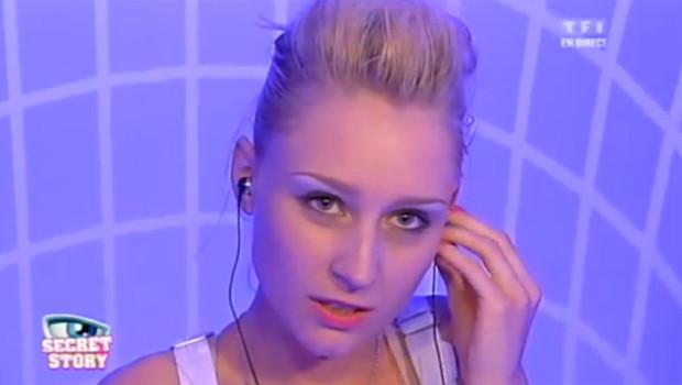 Virginie, candidate de Secret Story 6, lors de l'émission du 13 juillet 2012