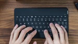 clavier logitech key to go
