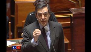 """Fillon dément toute """"rivalité"""" avec Sarkozy"""