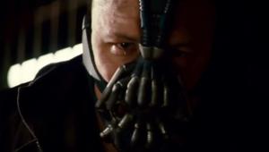 Tom Hardy en Bane dans The Dark Knight Rises de Christopher Nolan