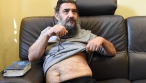Tsion Sylvain Saadoun, le 19/11/15, montrant ses supposées blessures