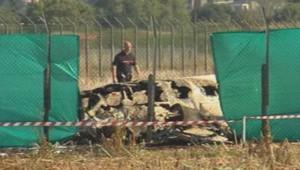 Crash d'un avion de tourisme sur l'aéroport de Lyon-Bron, le 24 septembre 2013.