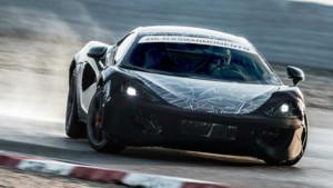 La McLaren Sport Series 2015 , petit sœur annoncée des P1 et 650S, en version camouflage.