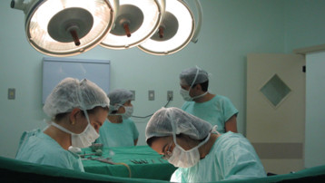 Hopital médecin chirurgien
