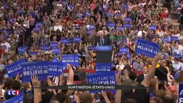 """Primaires américaines : Trump et Clinton triomphent dans le petit """"Super Tuesday"""""""