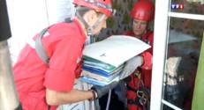 Le 20 heures du 2 septembre 2014 : Explosion �osny-sous-Bois : les pompiers de retour sur place - 1381.949