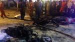 Des deux-roues carbonisés à la suite d'une explosion dans le centre de Bangkok en Thaïlande