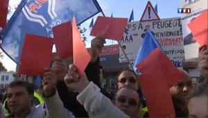 Mondial de l'auto : les PSA voulaient parler à Montebourg, le ministre n'est pas venu
