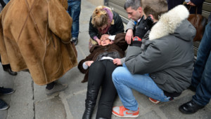 Christine Boutin, la présidente du Parti chrétien-Démocrate, atteinte par du gaz lacrymogène durant la manifestation contre le mariage pour tous.