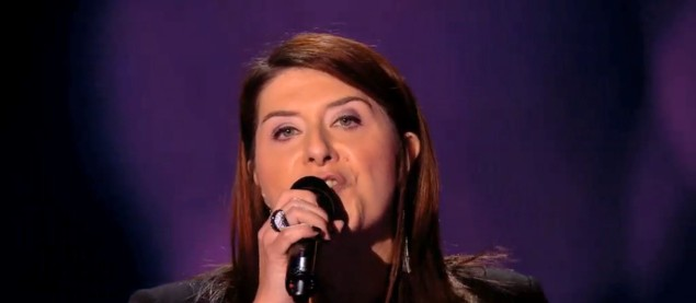 Carine reprend « Woman In Love » de Barbra Streisand