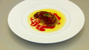 Foie gras rtit aux fraises et  la rhubarbe