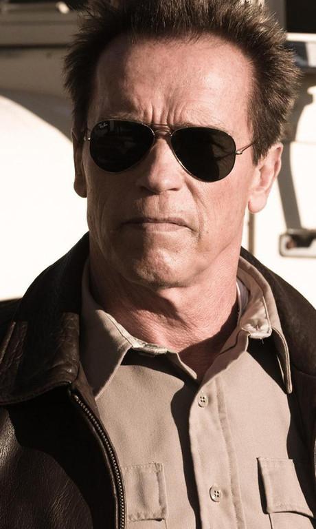 The Last Stand. Un film de Jee-woon Kim avec Arnold Schwarzenegger.