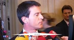 """Révision constitutionnelle : Manuel Valls se """"réjouit"""""""