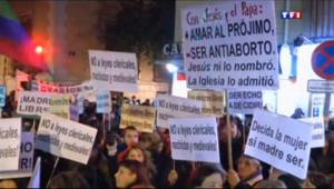 Le 20 heures du 21 décembre 2013 : L%u2019Espagne veut fortement limiter les avortements - 852.556