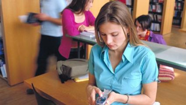 téléphone SMS MMS téléphonie télécom