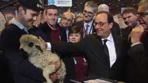Le 20 heures du 21 février 2015 : Salon de l%u2019agriculture : une inauguration de sept heures pour François Hollande - 970.6663704833986