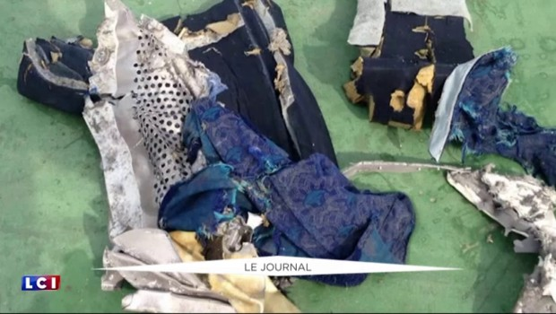 """Crash du vol EgyptAir : le mot """"feu"""" mentionné sur un enregistreur de vol"""
