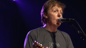 TF1/LCI Paul McCartney, en concert à Londres, le 7 juin 2007
