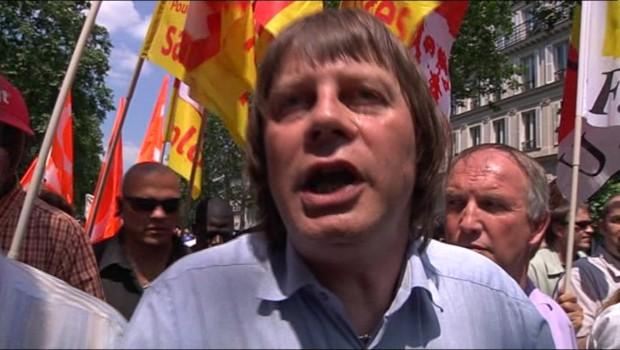 Bernard Thibault (CGT) dans le cortège parisien des manifestations contre les retraites (24 juin 2010)