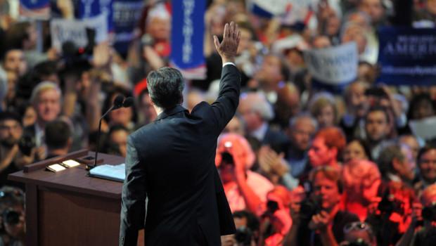 Mitt Romney lors de son discours d'acceptation de l'investiture républicaine à Tampa, en Floride (30 août 2012)