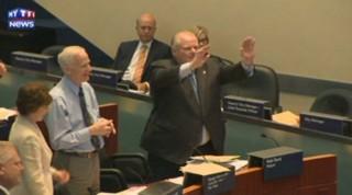 Le maire de Toronto danse sur du reggae au conseil municipal