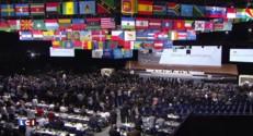 """Fraîchement réélu, le président de la FIFA Sepp Blatter se dit """"choqué"""" par les accusations de corruption"""