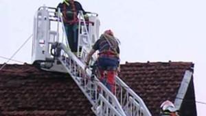 Les orages ont occasionné des dégâts dans la région de Cognac, le 19 juillet 2006 (TF1-LCI)