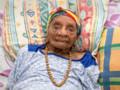 Eudoxie Baboul, la nouvelle doyenne des Français âgée de 113 ans et 8 mois, photographiée le 22 mai 2015 à Matoury, en Guyane.
