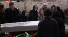 Obsèques de Boris Nemtsov : recueillement des Russes devant la dépouille