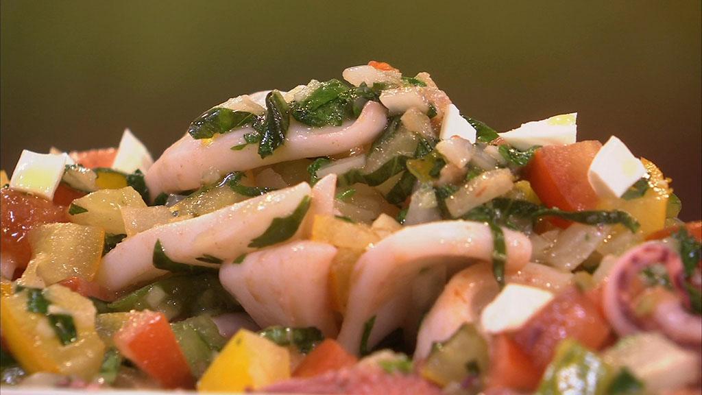 Calamar grill et salsa de tomate aux amandes petits - Recette cuisine tf1 petit plat en equilibre ...