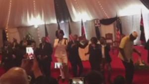 Danse d'Obama au Kenya (27/07)