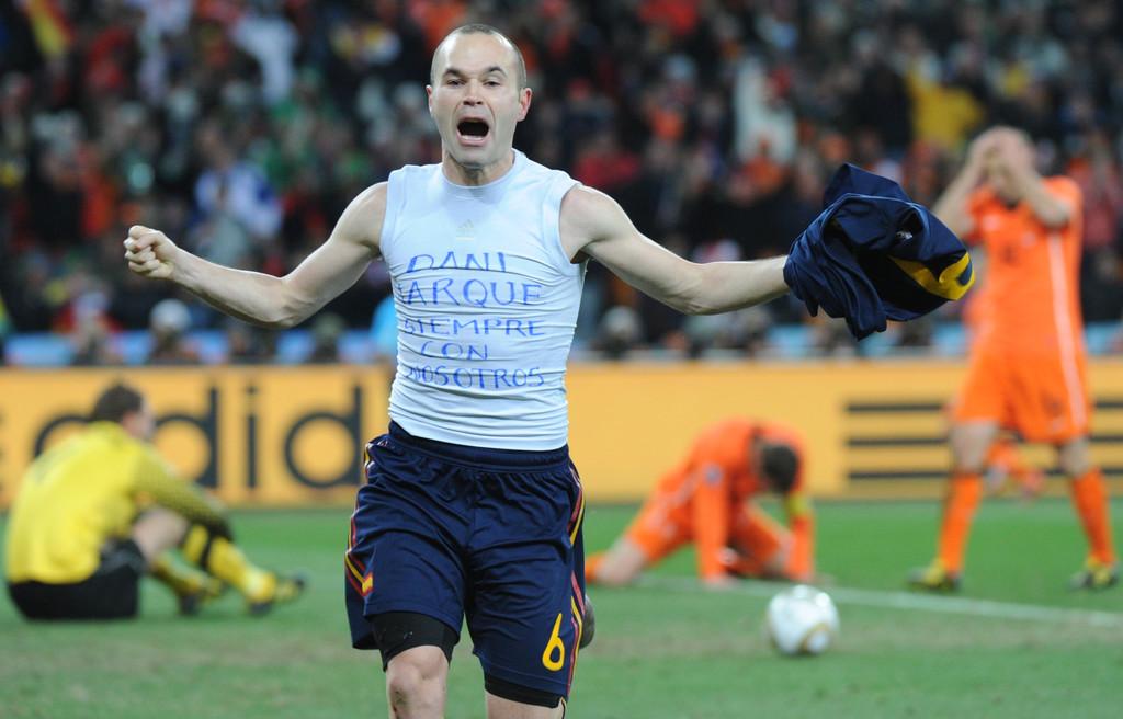News t l foot coupe du monde andres iniesta a tout - Combien gagne le vainqueur de la coupe du monde ...