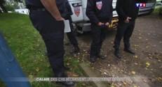 A Calais, les difficiles conditions d'hébergement des CRS