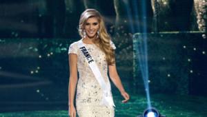 Camille Cerf au concours Miss Univers le 23 janvier 2015
