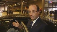 François Hollande quittant le stade de Soccer City