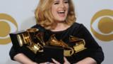 Adele : une amende pour ne pas avoir déclaré son fils ?