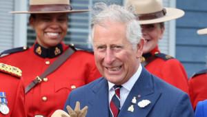 Le Prince Charles en visite au Canada, ici à la Gendarmerie Royale Canadienne le 19 mai 2014.