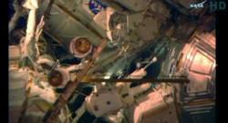 Barry Wilmore ou Terry Virts ce dimanche lors d'une sortie spatiale.