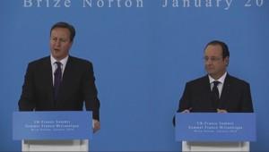 David Cameron et François Hollande, le 31/1/14, à Brize-Norton (Royaume-Uni).