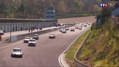 Le 13 heures du 25 avril 2015 : Le Tour Auto, une course aux faux-airs de tourisme - 836.484