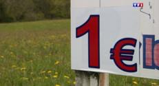 Le 20 heures du 4 août 2015 : Bretagne : à un euro le m², l'exode urbain bat son plein - 863